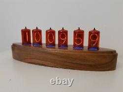 Deluxe Admiral by Monjibox Z566M ZM1042 Z5660M Nixie tubes Clock RGB Walnut case