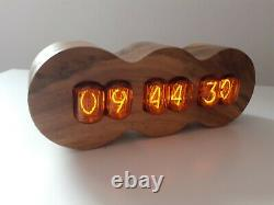 Walnut Series by Monjibox Nixie Clock IN12 in red tubes